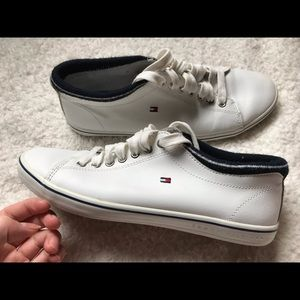 White Tommy Hilfiger Sneakers